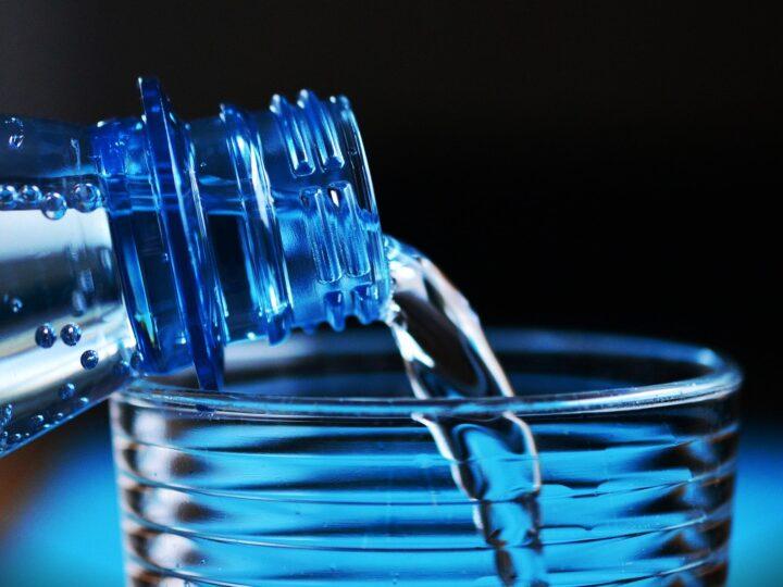 ¿Sabías que nuestro organismo pierde entre dos y tres litros de líquido al día?